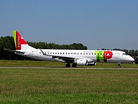 ams/low/CS-TPP - Embraer190 TAP Express - AMS 27-05-2017.jpg