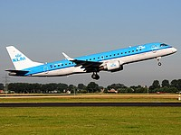 ams/low/PH-EZR - Embraer190 KLM - AMS 19-07-2016.jpg