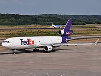 cgn/low/N527FE - MD11F FedEx - CGN 10-07-2010.jpg