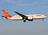 fco/low/VT-ANR - B787-8 Air India - FCO 28-05-2018.jpg