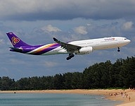hkt/low/HS-TEU - A330-343 Thai - HKT 14-11-2016.jpg
