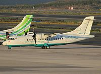 lpa/low/D4-CBQ - ATR42 Halcyon Air - LPA 17-02-2011.jpg