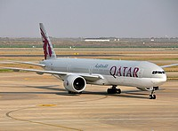 pvg/low/A7-BAQ - B777-3DZ Qatar Airways - PVG 03-04-2018.jpg