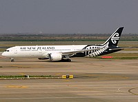 pvg/low/ZK-NZC - B787-9 Air New Zealand - PVG 03-04-2018.jpg