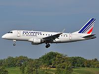 tls/low/F-HBXF - Embraer170 Air France - TLS 29-04-2010.jpg
