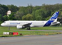 tls/low/F-WWBA - A320 Airbus Industries - TLS 29-04-2010b.jpg