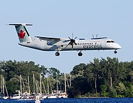 ytz/low/C-GGND - Dash8-400 Air Canada Express - YTZ 06-07-2018.jpg